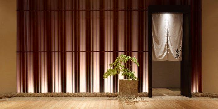 記念日におすすめのレストラン・宮川町 水簾 東京ミッドタウン店の写真2