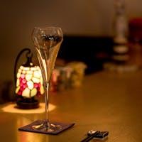 西麻布交差点より徒歩3分、ワインとお料理が愉しめるWine Bar