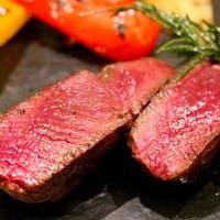 こだわりの厳選食材を使った色彩豊かなお料理