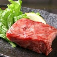 その時 その季節 日本各地のもっとも美味しい素材をご堪能いただける鉄板焼き