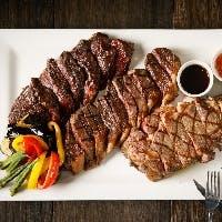 厳選したブラックアンガス牛ステーキ&新鮮な魚介が満載シーフードプラッター