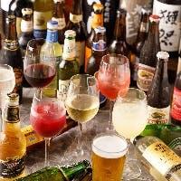 クラフトビールやワイン、獺祭など種類豊富なドリンクが飲み放題