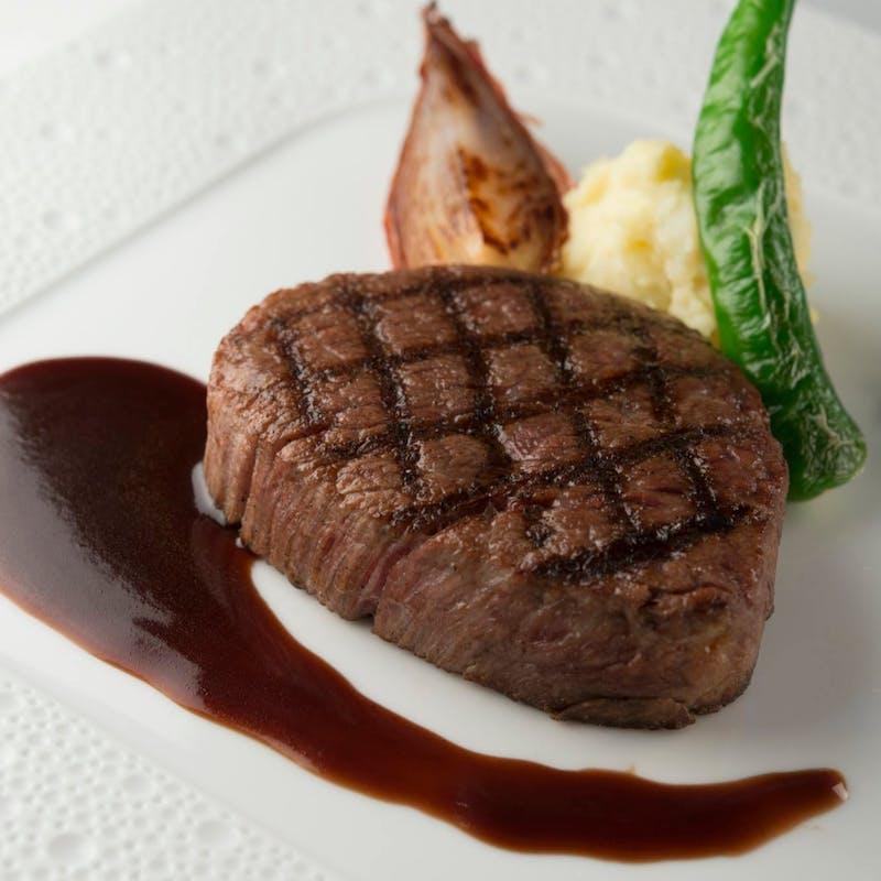 【おまかせコースA】国産牛サーロインステーキやこだわりの前菜三品など全7品
