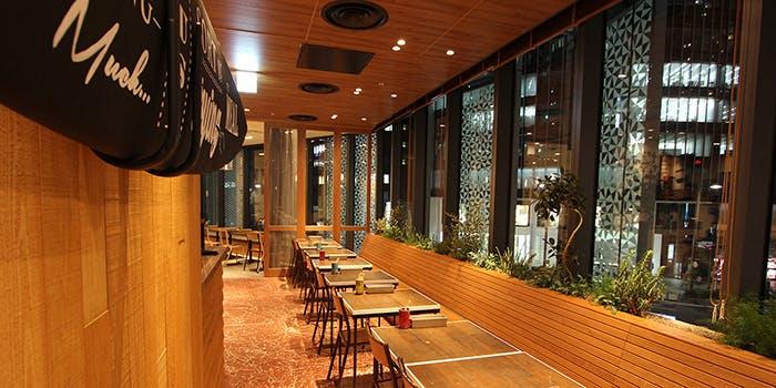 記念日におすすめのレストラン・YURT 大名古屋ビルヂング店の写真1