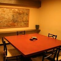 大小様々な個室をご用意しており、宴会やお集りにも大変便利でございます