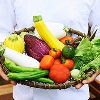 自家製のハーブや野菜を育てお料理に使っている