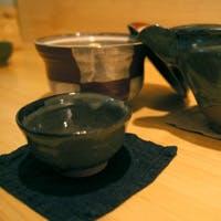 直送の魚・米や酢にもこだわった握りと、料理に合わせて楽しむ日本酒