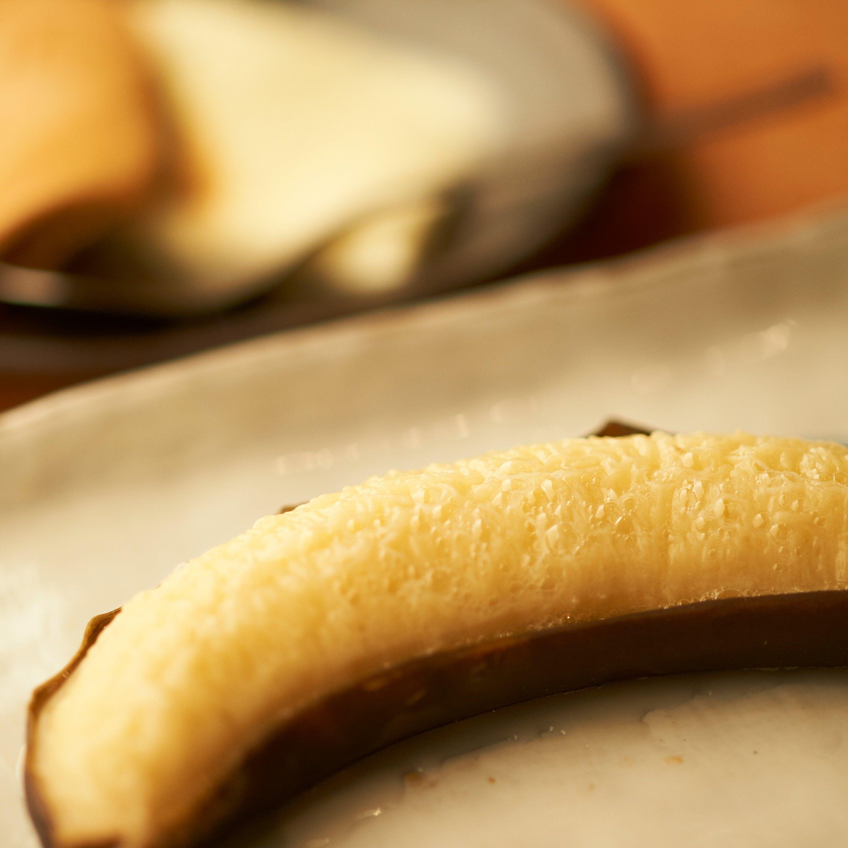 名物デザート『焼きバナナのアイス添え』