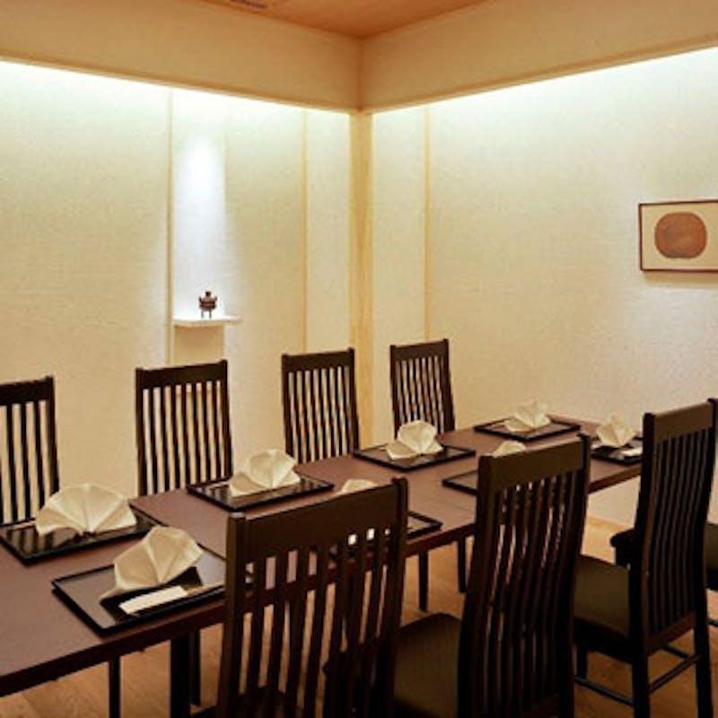 【本格会席】前菜、造り、焼物、天ぷらなど+乾杯シャンパン(テーブル個室:鶉)