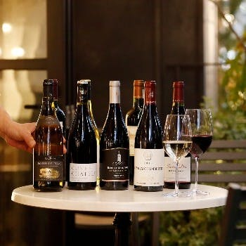 ソムリエ厳選のワインやビール