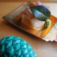 季節感を大切にしたお料理と器の美しさをお愉しみください