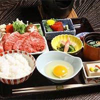 和食本来の繊細さと季節を彩った京料理