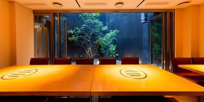 記念日におすすめのレストラン・焼肉 しんうち 神楽坂の写真1