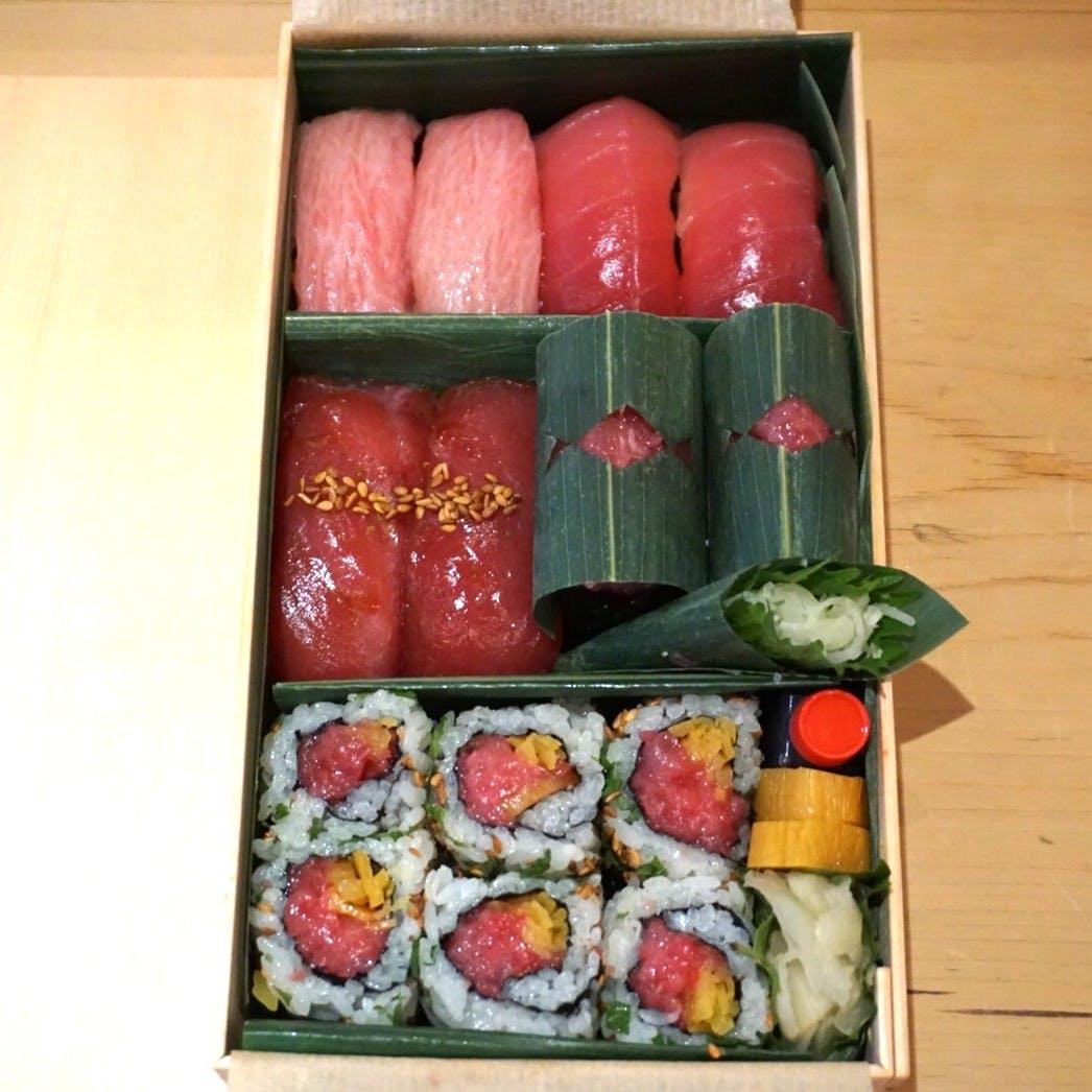 【テイクアウト】別選・まぐろ寿司「8貫・巻物」
