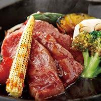 和牛のA5クラスを中心とした熟成肉と季節を意識した食材仕入れ