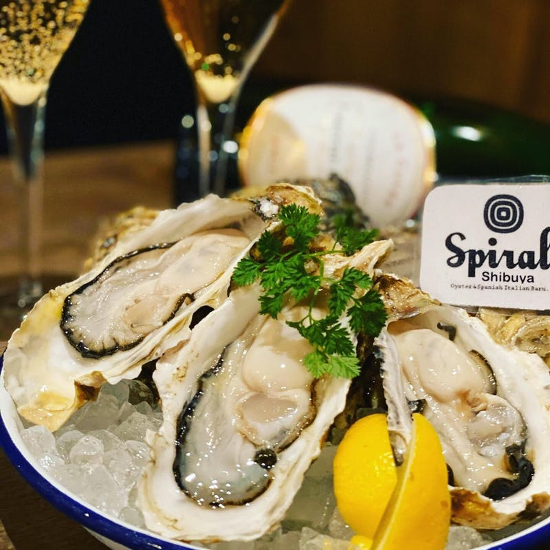 Oyster × Champagne 【昼から牡蠣シャン】(12時から16時の入店限定)