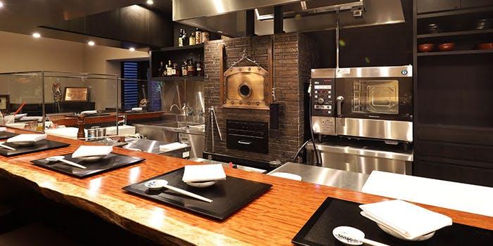 記念日におすすめのレストラン・神戸牛 ステーキ割烹 雪月花 炭火焼の写真1