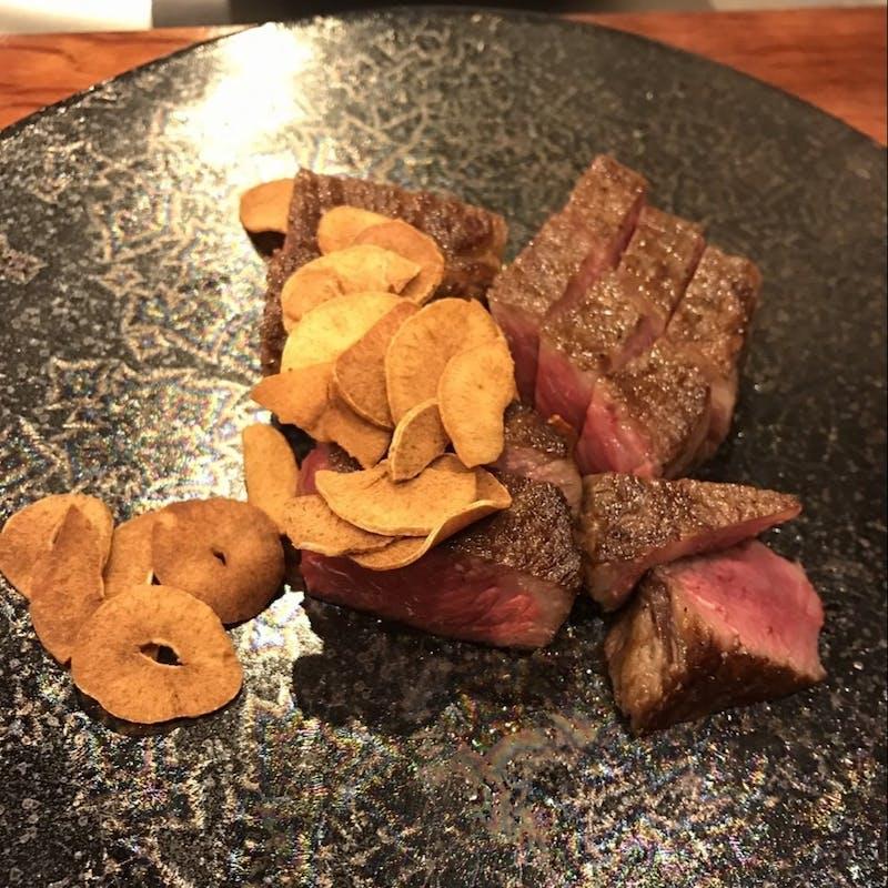 【黒毛和牛サーロインステーキコース】神戸牛の向付、デザートなど全7品(150g)