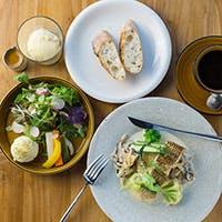 古宇利島産、沖縄県産を中心にした身体に美味しいお料理