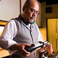 京都で研鑽を積んだマスターソムリエ、料理人が心を込めておもてなし