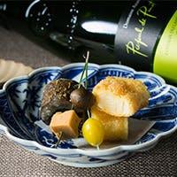 祇園街で腕を磨いた新進気鋭の料理人の綴る上質和食