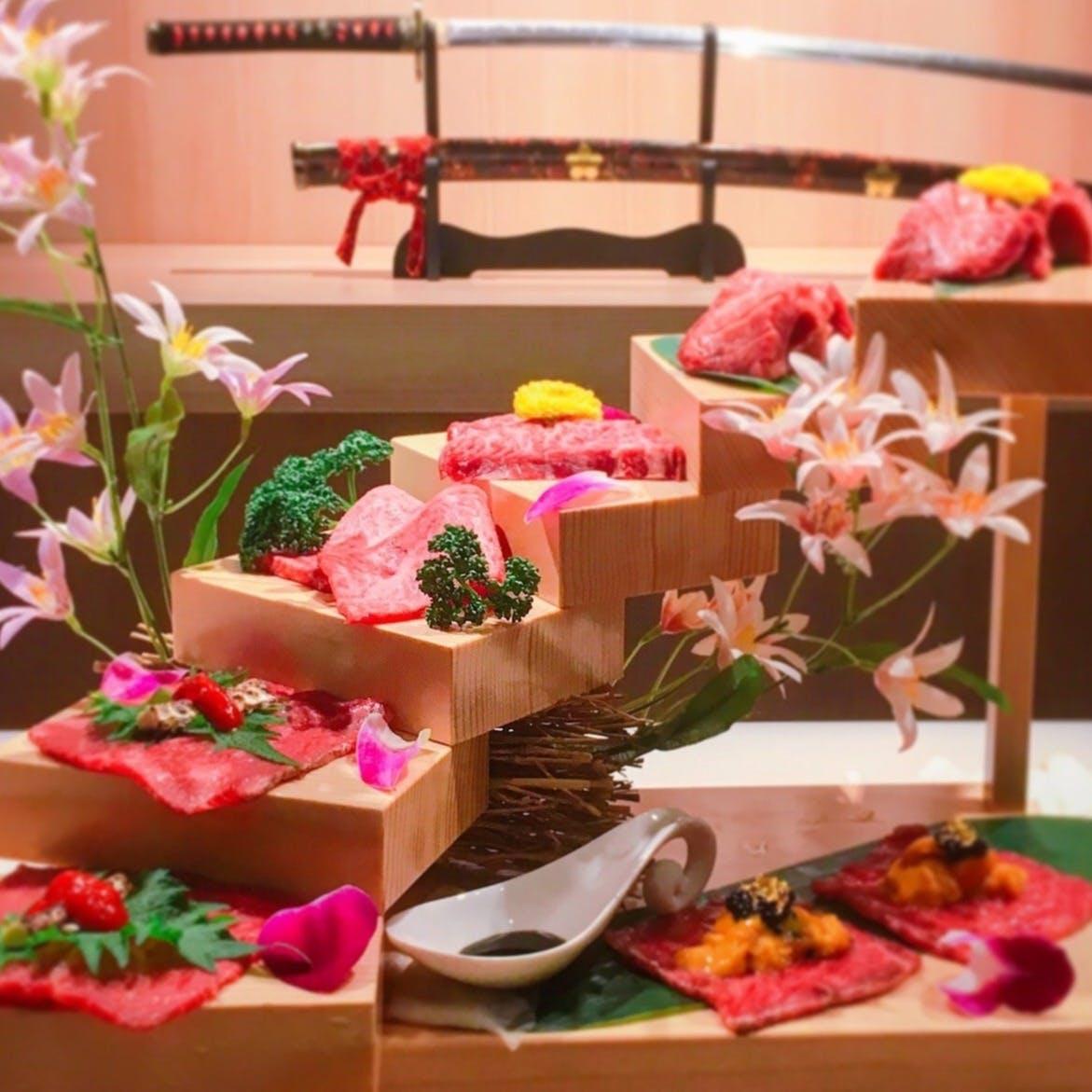 大阪で話題の「【名物】花の階段盛り」