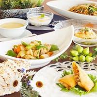 何気ない日のお食事や大切な記念日にも最適なコースを多彩にご用意しております