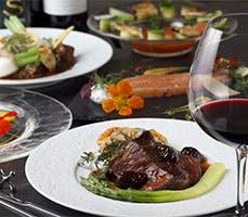 ワインとの相性を考えられて作られた当店自慢のお料理