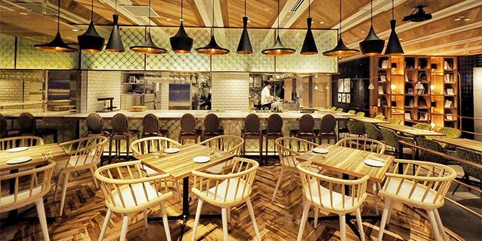 記念日におすすめのレストラン・goodspoon 淀屋橋odona店の写真1