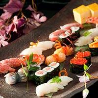 魚屋直営だからこその新鮮な食材を寿司職人が握る本物の寿司を
