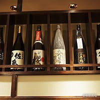 当店お料理との相性を考えた季節替わりの日本酒や稀少な焼酎