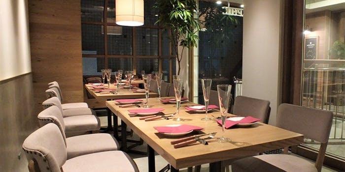 記念日におすすめのレストラン・LATTEGRAPHIC 自由が丘の写真1