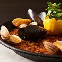 季節の素材の旨味が活きた本格スペイン料理
