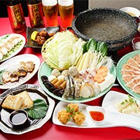 代々伝わる宮廷料理と台湾の融合、素材の旨み溢れる石鍋料理