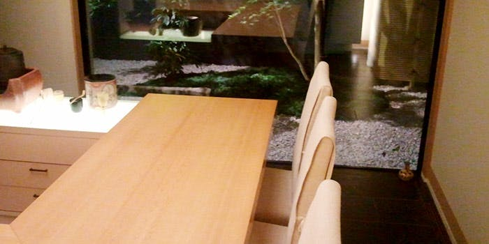 記念日におすすめのレストラン・青山 仁の写真1