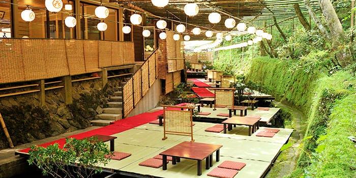 京の四季を間近で楽しむ「貴船喜らく」