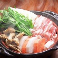 備長炭で焼き上げる「白金豚」と熟成肉