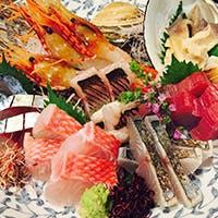 四季折々の旬の味覚と全国から厳選した日本酒
