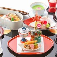 日本料理の伝統と文化を守りつつ、夢のある料理を創作