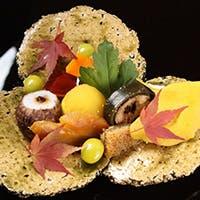 """""""目で楽しみ味わって楽しむ""""四季を彩る懐石料理"""