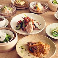 その日だけの美味しい食材を使ってお客様のお好み、量に合わせてコースを組み立てます