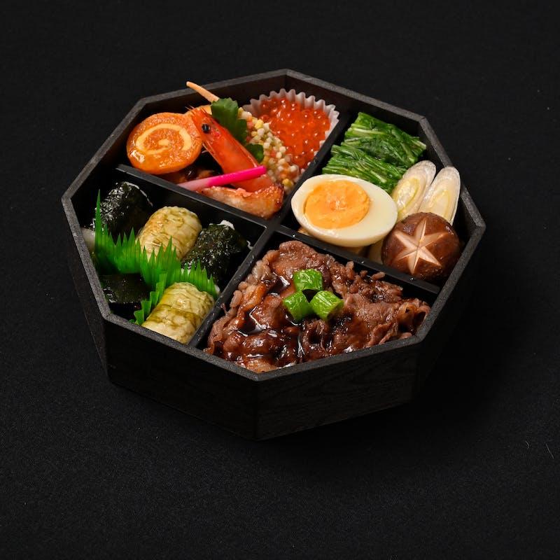 【神戸牛すき焼き弁当】自家製ダレを使用した神戸牛幕の内弁当(テイクアウト専用プラン)