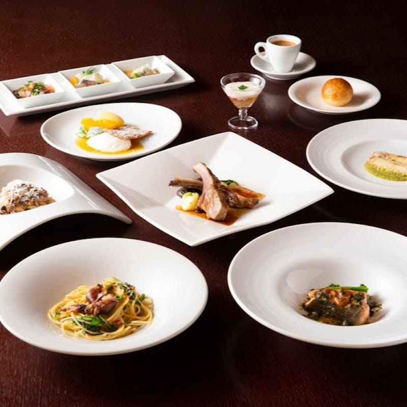 季節のパスタ2種、魚&肉料理のWメインなど全7品(川床席確約)