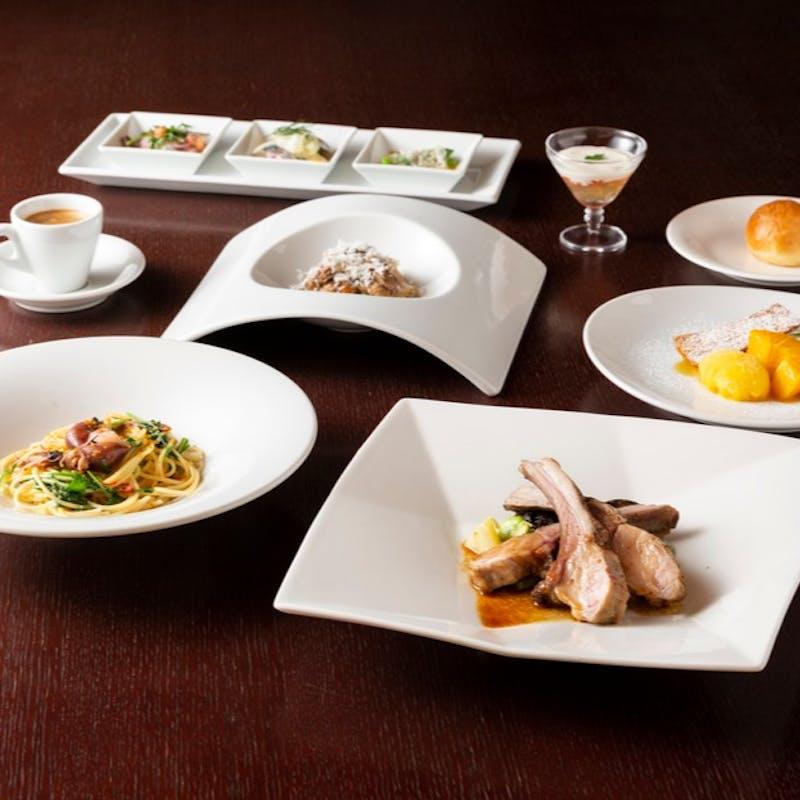 季節のパスタ2種、お肉料理など全5品(個室)