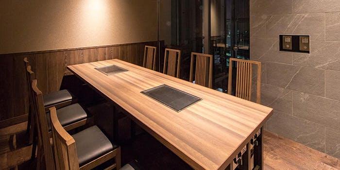 記念日におすすめのレストラン・鉄板和食とワイン 萬鉄の写真2