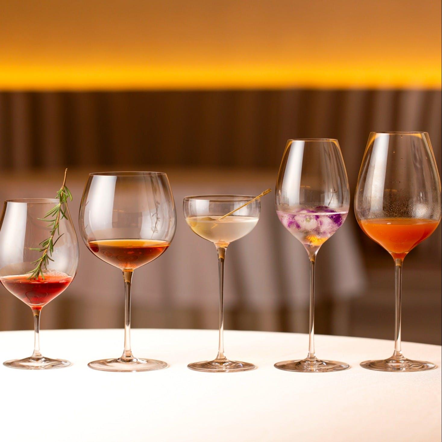 伝統と革新のフレンチと1万5000本におよぶ魅惑のワインコレクション