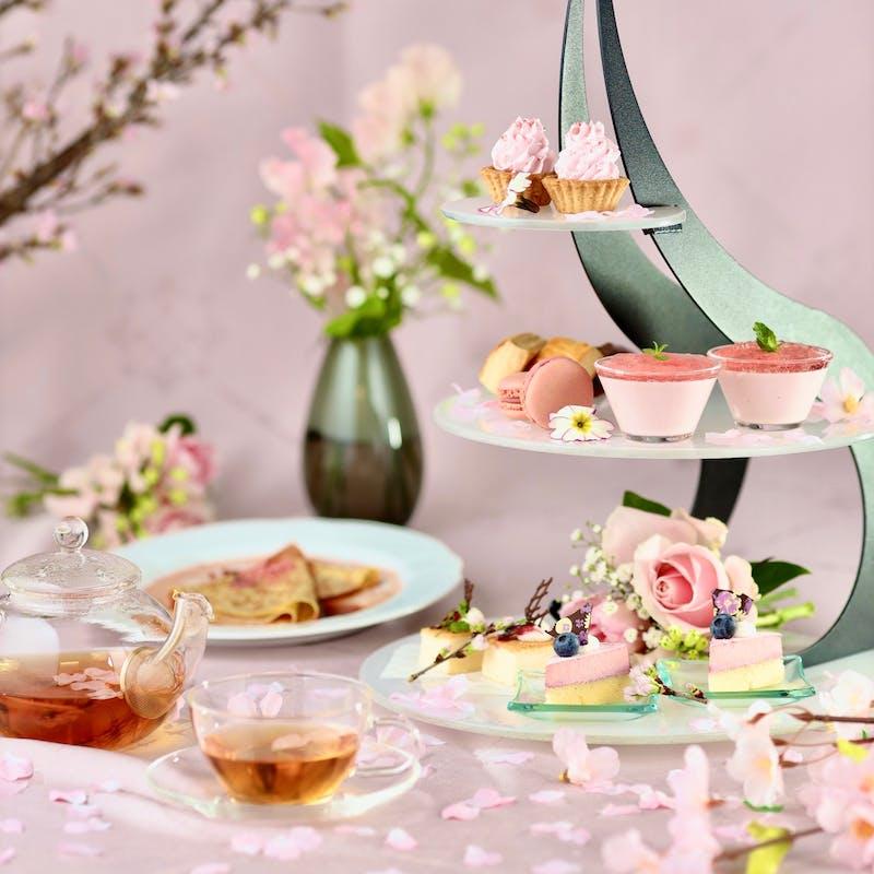 桜ーSAKURAーの3段タワー+2ドリンク+温製1品+季節のクレープシュゼット(15時枠:4月25日限定)
