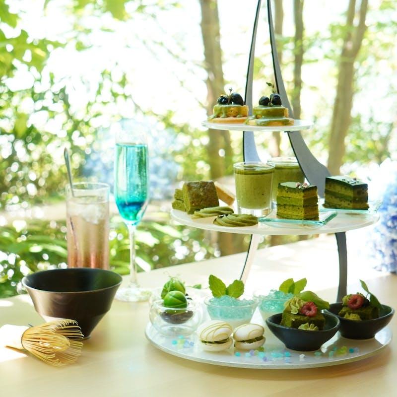 紫陽花×抹茶afternoon tea+2ドリンク+スイーツ&スコーン10種.温製1品.クレープシュゼット(平日限定)