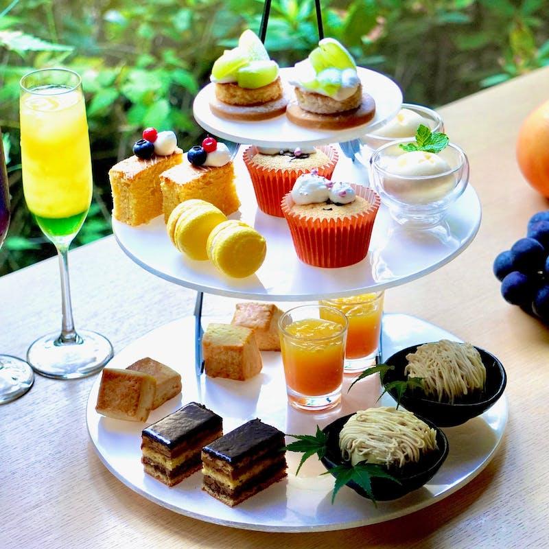 秋の味覚afternoon tea~タワー7種+セイボリー2種+温製2品+クレープシュゼットアイス・2ドリンク