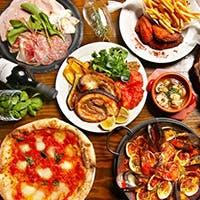 窯焼きピッツァ、パエリアをはじめ、100種類以上の豊富なメニュー